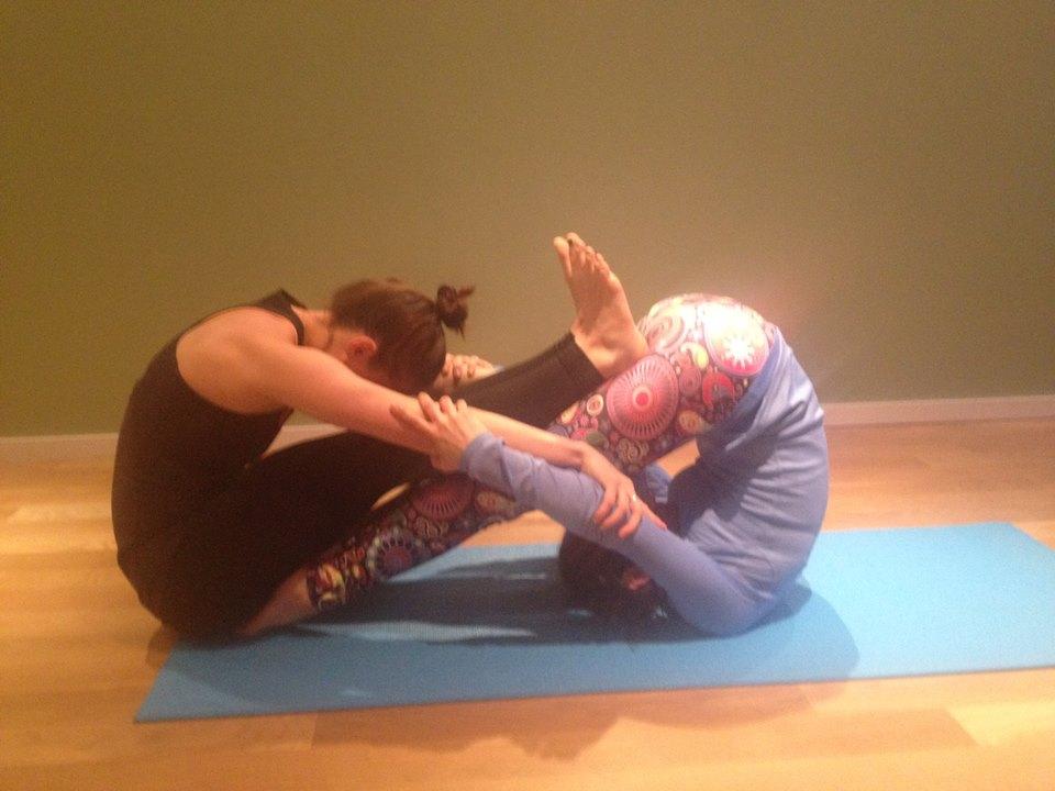 Karma Kids Yoga S Teen Yoga Teacher Training Intensive Austin Tx